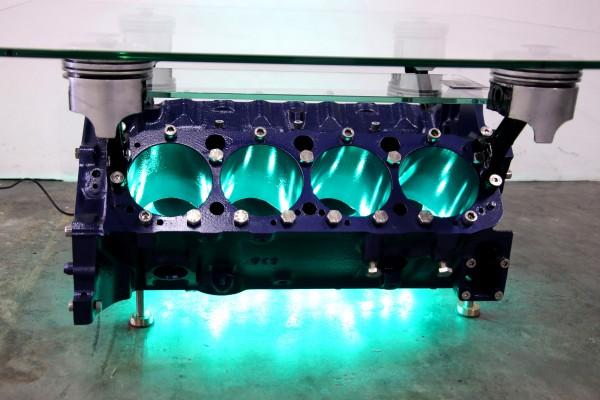 exklusiver Motortisch Chevy 5.7 V8 mit 2 Glasplatten und Beleuchtung